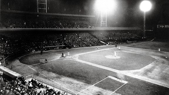 Crosley Field Where The Lights Came On Major League Baseball