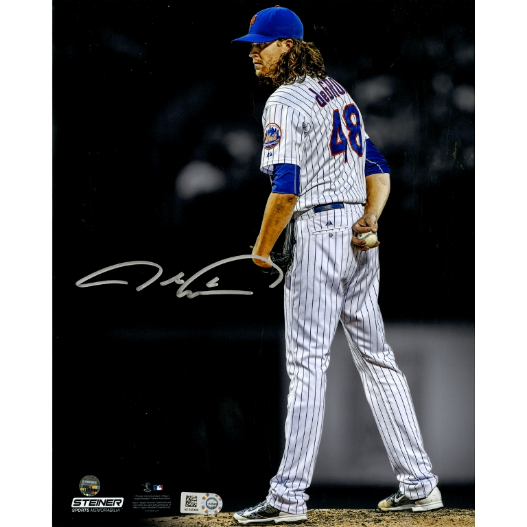 JACOB DEGROM AUTOGRAPHED 'STARING DOWN THE BATTER' 8X10 PHOTO