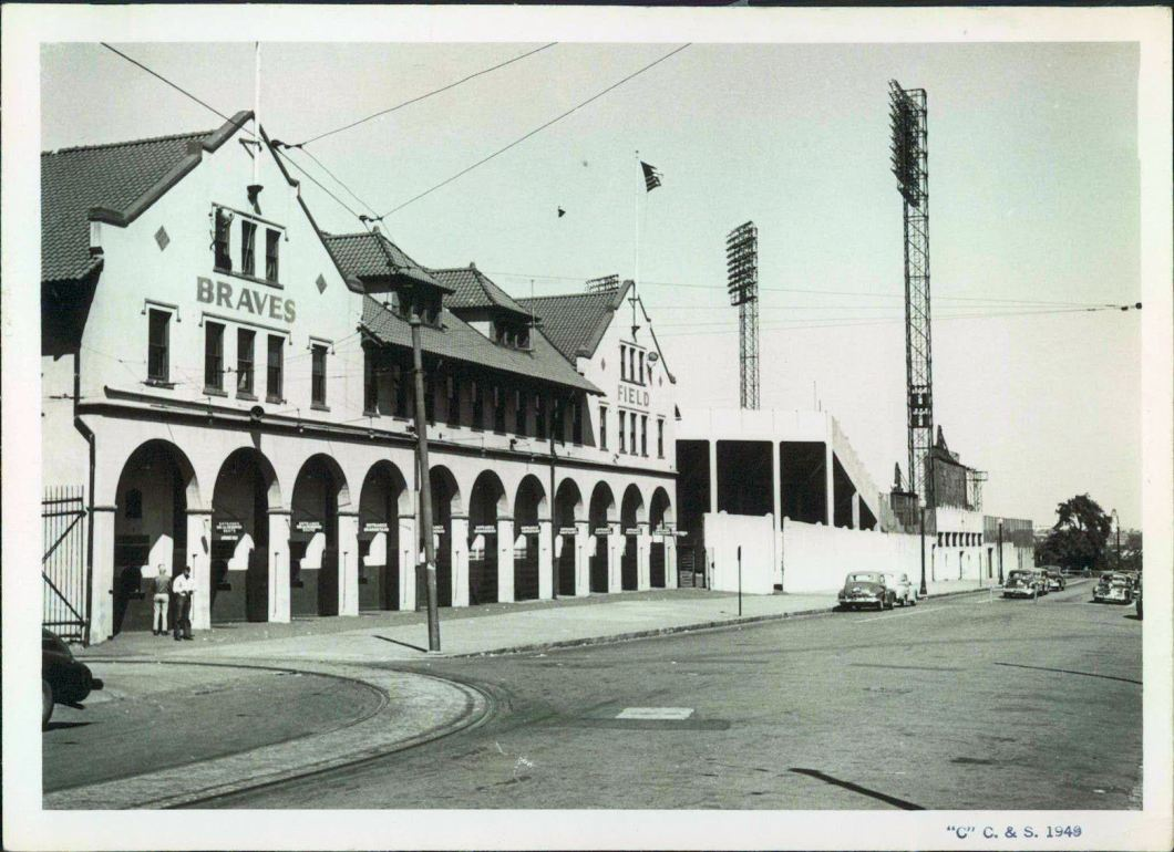 Braves Field - History, Photos and more of the Boston Braves ... www.ballparksofbaseball.com